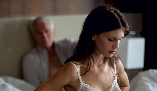 Elizabeth montgomery dans le porno