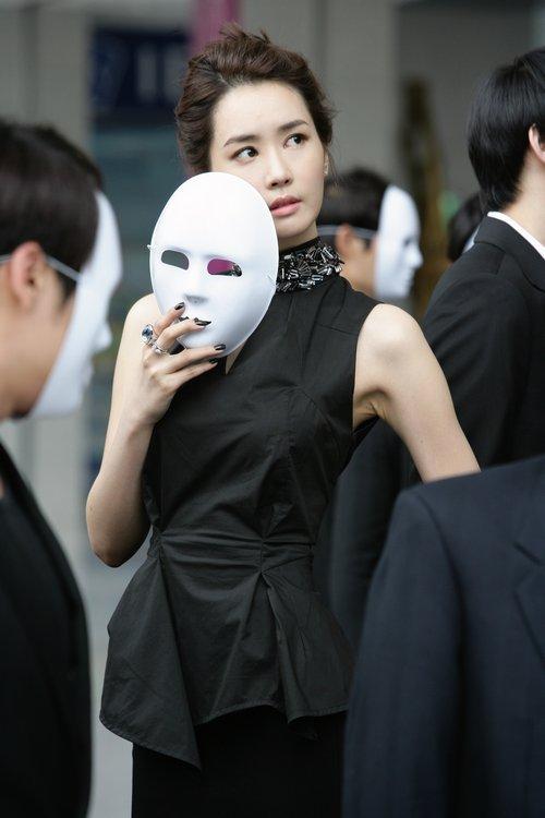 韩剧《雷普利小姐》 李多海变身服装设计师